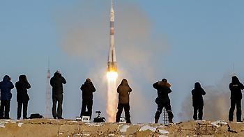 Η εντυπωσιακή εκτόξευση του πυραύλου Σογιούζ στο διάστημα (video)