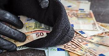 Πενταμελή σπείρα που έκλεβε χρήματα με δήθεν έρανο συνέλαβε η Αστυνομία