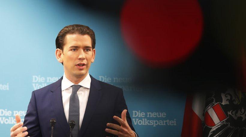 Ορκίστηκε η νέα κυβέρνηση της Αυστρίας - Δεξιά, Ακροδεξιά ενώνουν τις δυνάμεις τους