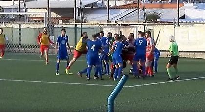 Χαμός σε ματς στα Χανιά: Πιάστηκαν στα χέρια οι ποδοσφαιριστές