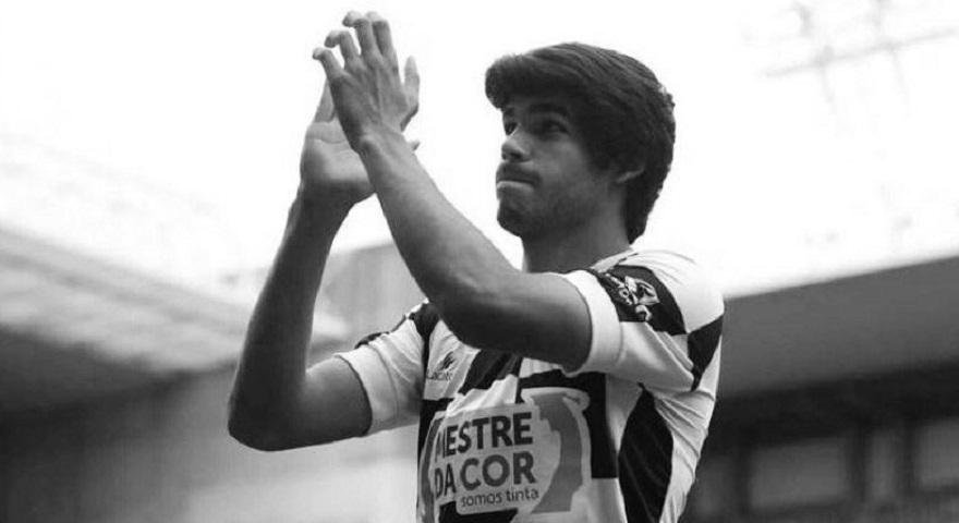 «Έφυγε» νικημένος από τον καρκίνο ο 20χρονος ποδοσφαιριστής της Μποαβίστα…