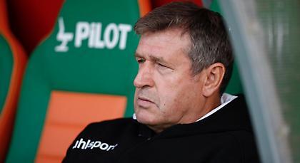 Απολύθηκε ο προπονητής των Μανιάτη και Τζαβέλλα!