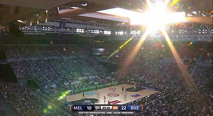 Έκαναν… καμπριολέ το γήπεδο στο μπασκετικό ντέρμπι της Αυστραλίας! (pics/videos)