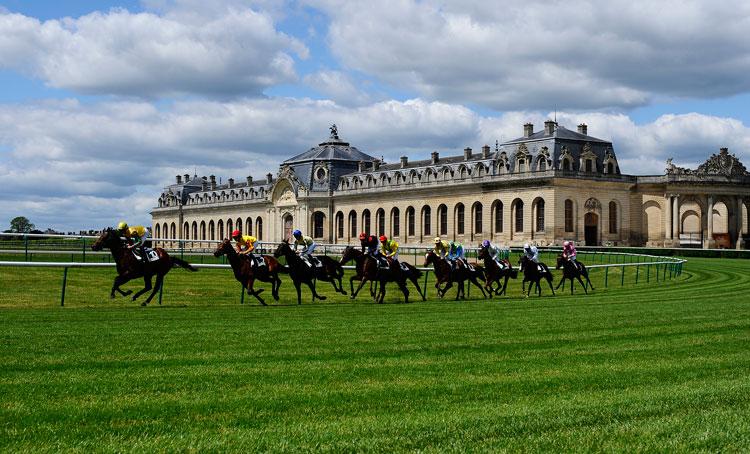Mε 27 ιπποδρομίες το ξένο πρόγραμμα όπου θα εστιάσουμε στη Γαλλία