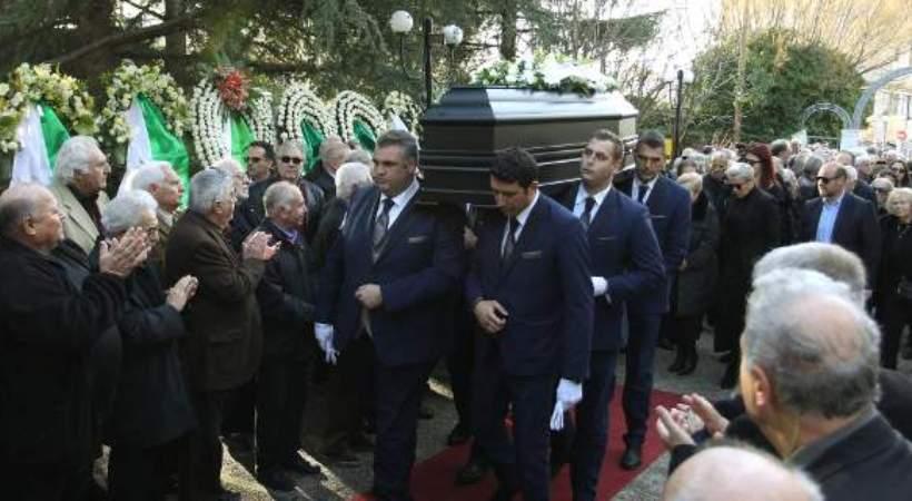 Το «αντίο» στον Τάκη Λουκανίδη είπε το ποδόσφαιρο -«Λύγισαν» Δομάζος και Γιαννακόπουλος (pics)