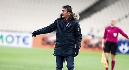 Πετράκης: «Συγχαρητήρια στους παίκτες μου. Κρίθηκε στην ποιότητα της ΑΕΚ»