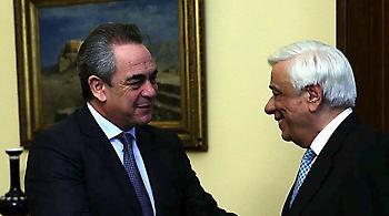 Παυλόπουλος: Χρέος όλων να διευκολύνουμε το επιχειρείν στον τόπο μας