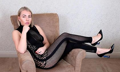 Φοιτήτρια «κράζει» τον Αλέξις: «Μου πρόσφερε λεφτά για σεξ κι έκανε… παζάρια»