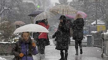 Νέο κύμα κακοκαιρίας με ισχυρές καταιγίδες, χιόνια και πτώση θερμοκρασίας