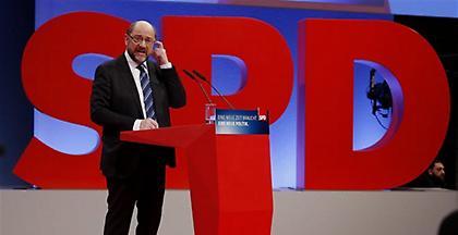«Ναι» των Σοσιαλδημοκρατών στο μεγάλο συνασπισμό