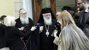 Έκτακτη συνεδρίαση της Ιεράς Συνόδου για το Σκοπιανό συγκάλεσε ο Ιερώνυμος
