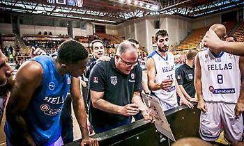 Σκουρτόπουλος: «Ο Γιάννης θέλει να παίζει στην Εθνική»