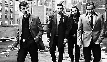 Οι Arctic Monkeys για πρώτη φορά στην Ελλάδα τον Ιούλιο