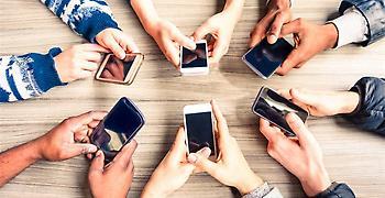 Μεγάλη πτώση στις πωλήσεις smartphones το τελευταίο τρίμηνο του 2017