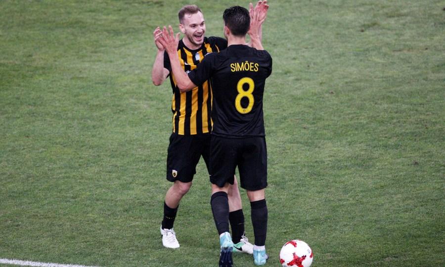Τα ματς που χάνουν Σιμόες και Μπακάκης