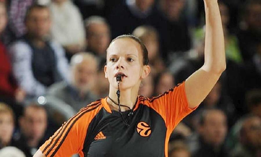 Μια γυναίκα στο διαιτητικό «τρίο» του Ρεάλ-Ολυμπιακός