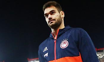 Ίβουσιτς: «Είμαι πολύ χαρούμενος που βρίσκομαι στον Ολυμπιακό»