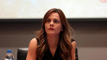 Αχτσιόγλου: «Δεν πρέπει να αποφασίζουν τεχνοκράτες στις διαπραγματεύσεις»