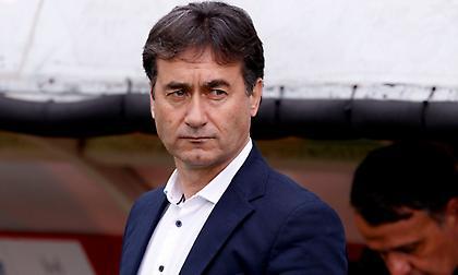 Χατζηνικολάου: «Δεχόμαστε γκολ και έρχεται η κατάρρευση, να τελειώσουμε με αξιοπρέπεια»