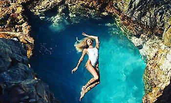 Η Candice Swanepoel γεννήθηκε για να διαφημίζει μαγιό (pics)