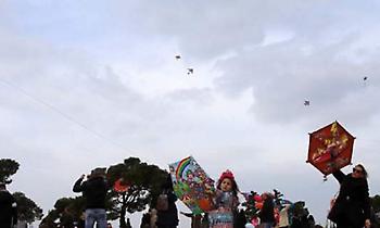 Με χαρταετούς, φασολάδα και ζουρνάδες γιόρτασαν τα Κούλουμα οι Θεσσαλονικείς (pics/video)