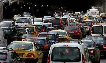 Αυξημένη κίνηση στους δρόμους - Στον Κηφισό τα μεγαλύτερα προβλήματα