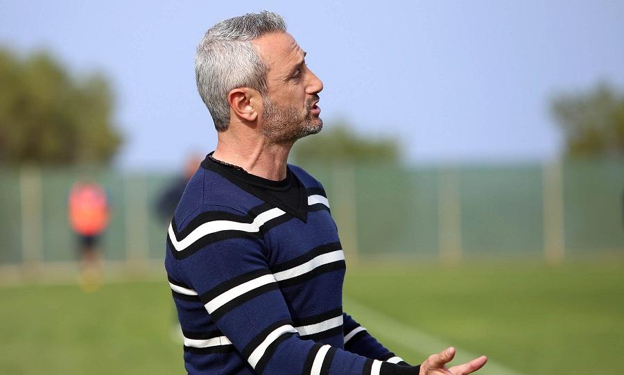 Μπαξεβάνος: «Μεγάλη τιμή, μεγαλύτερη η ευθύνη να είσαι στον πάγκο του Ηρακλή»