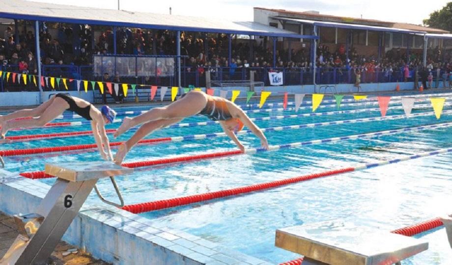 Νέο κολυμβητήριο ζητάει το Ηράκλειο: «Να αποκατασταθεί η αδικία που βιώνουμε τόσα χρόνια»