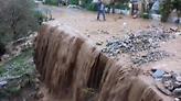 «Πνίγηκαν» τα Σφακιά: Πλημμύρισαν σπίτια και έκλεισαν δρόμοι