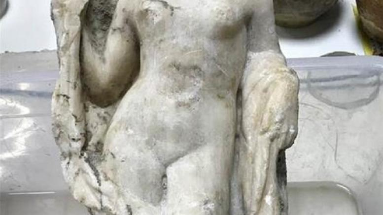 Ακέφαλο άγαλμα της Αφροδίτης βρέθηκε στο μετρό της Θεσσαλονίκης