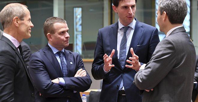 Υποχρεωτικό PSI σε περίπτωση νέων διασώσεων ζητά η Ολλανδία