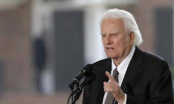 Πέθανε στα 99 του ο Μπίλι Γκράχαμ, ο πάστορας όλων των Αμερικανών Προέδρων