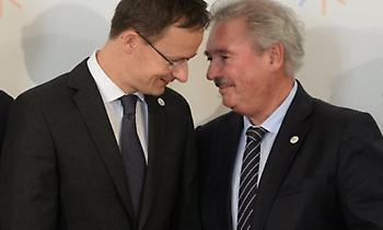 Ο υπουργός Εξωτερικών της Ουγγαρίας αποκαλεί «ηλίθιο» τον ΥΠΕΞ του Λουξεμβούργου