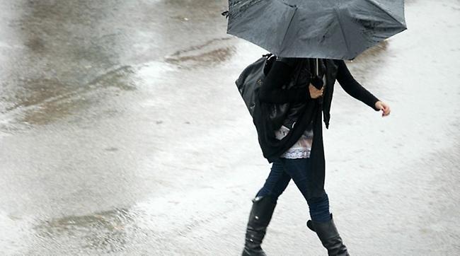 Συνεχίζεται η κακοκαιρία με βροχές και καταιγίδες