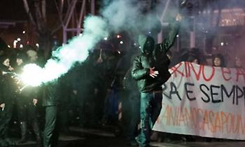 Τορίνο: Άγριες συγκρούσεις μεταξύ αστυνομικών και αντιφασιστικών οργανώσεων
