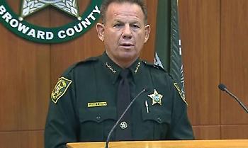 Μακελειό στη Φλόριντα: Στο Λύκειο βρισκόταν οπλισμένος βοηθός σερίφη, αλλά δεν επενέβη