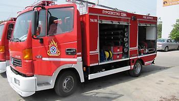 Νέο Ψυχικό: Απεγκλωβίστηκε ζευγάρι μετά από πυρκαγιά σε σπίτι