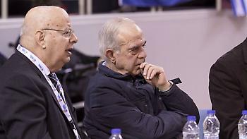 Βασιλακόπουλος: «Αυτό το καραγκιοζηλίκι με την Euroleague πρέπει να τελειώσει»