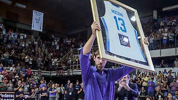 Τίμησε τον Νοτσιόνι αποσύροντας το «13» η Αργεντινή (video)