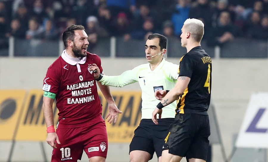 Ναζλίδης στον ΣΠΟΡ FM: «Φαβορί ακόμα η ΑΕΚ, αλλά πιστεύουμε στην πρόκριση»