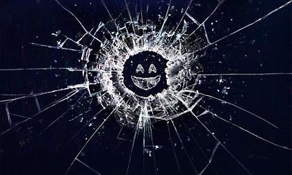 Ανανεώθηκε για 5η σεζόν το Black Mirror (video)