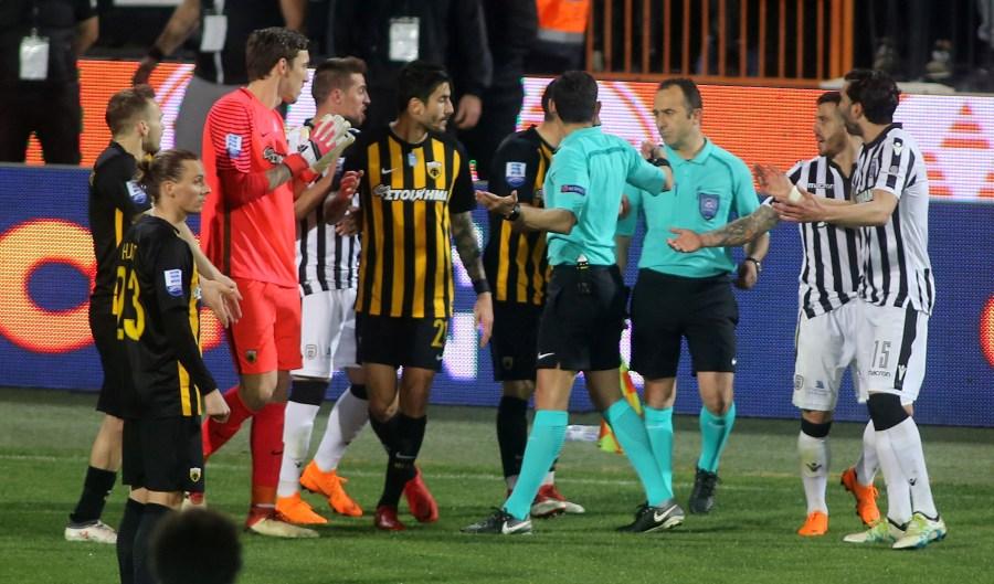 1-0 ο ΠΑΟΚ και διακοπή αποφάσισε ο Κομίνης