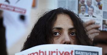 Τουρκία: Ως και 15 έτη κάθειρξης ζητούν οι εισαγγελείς στην υπόθεση Cumhyriyet