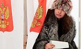 Ρωσικές εκλογές: Νοθεία, διπλοψηφίες, πούλμαν-Απίστευτες σκηνές στα εκλογικά κέντρα (video)