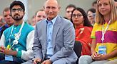 Ξεκάθαρη νίκη Πούτιν με ποσοστό άνω του 70% δείχνουν τα πρώτα αποτελέσματα