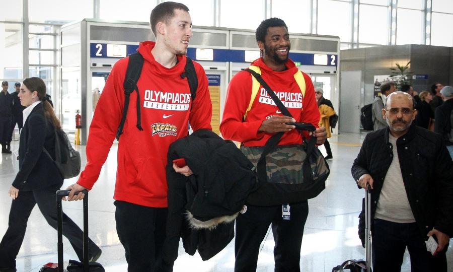 Η αναχώρηση του Ολυμπιακού για Μόσχα (pics)