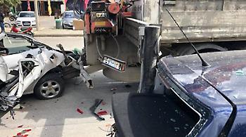 Απίστευτες φωτογραφίες: Γερανός πήρε «αμπάριζα» εννέα αυτοκίνητα στη Ρόδο!