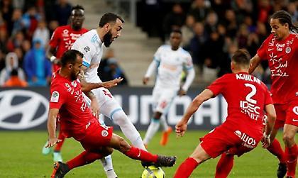 «Έπνιξαν» πέναλτι στον Μήτρογλου, «κόλλησε» στο 0-0 η Μαρσέιγ (video)