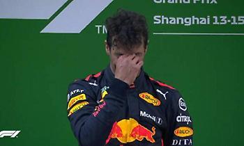 Έβαλε τα κλάματα στο πόντιουμ ο Ρικιάρντο (video)