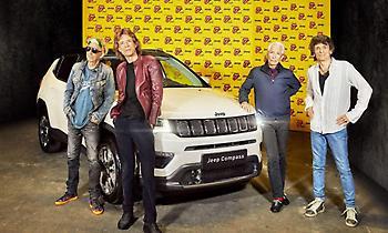 Οι Rolling Stones οδηγούν... Jeep Compass